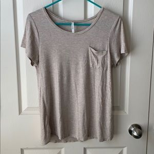 Cream tee-shirt